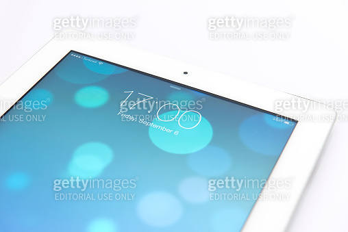New Apple iOS 7 operating system on iPad