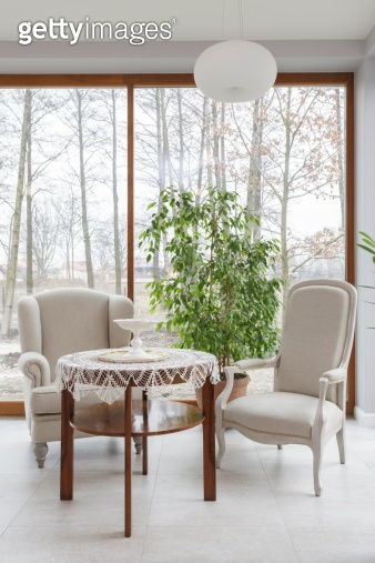 Tuscany - table and armchairs