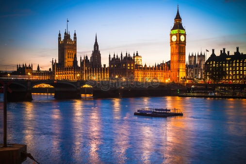 The Palace of Westminster from Thames river at dusk