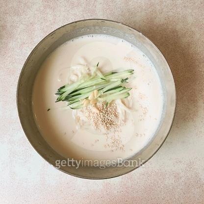 korea Vegetarian food-soy bean soup noodles