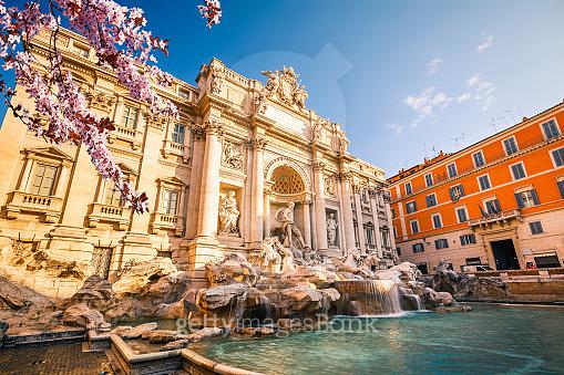 Fountain di Trevi at spring