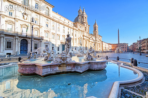 Piazza Navona at sunrise, Rome