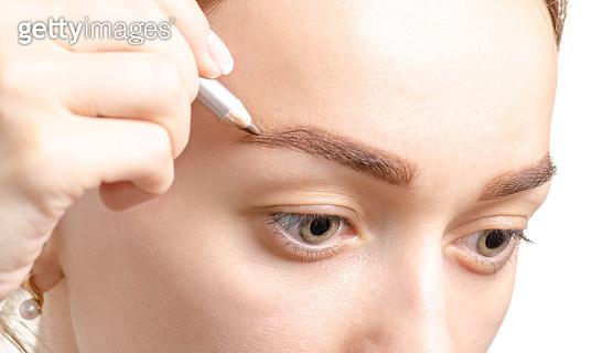 Female eyebrow shape brown eye eyebrow pencil