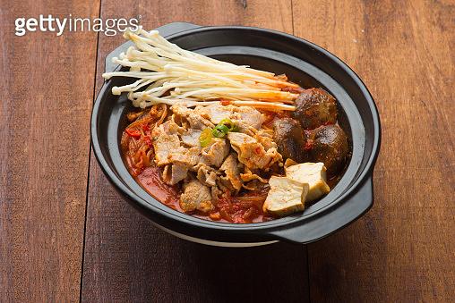 kimchi soup noodle in a pot