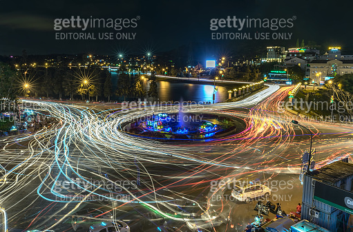 Roundabout intersections with lights night market
