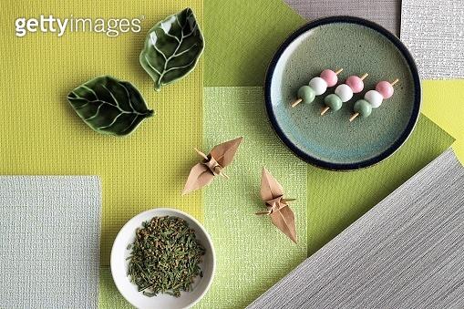 Japanese aesthetic sense 'wabi-sabi' and 'origami'