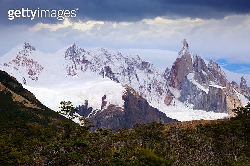 Glaciers and mountains Fitz Roy, Cerro Torre