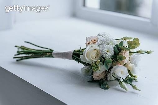 wedding,wedding decoration,groom, bride,flowers,wedding rings,the wedding cake,firework