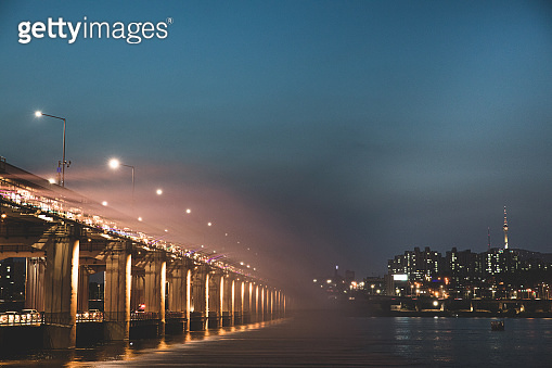 Banpo Bridge light and water show at dusk in Seoul
