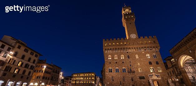 Piazza della Signoria at night - Palazzo Vecchio - Florence italy
