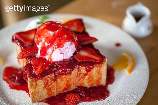 honey toasts with strawberry, vanilla  ice-cream dessert