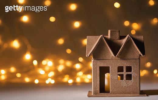 Halloween themed mini craft house