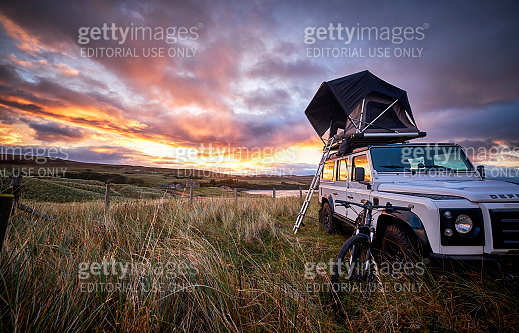 Wildcamping with Land Rover Defender 110, Scotland, North coast 500.