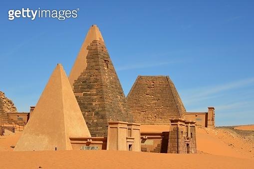 Meroe pyramids - Nubian tombs in the Sahara desert - UNESCO World Heritage Site, Begarawiyah, Sudan - sand dunes and pyramids N32 and N19, North Necropolis