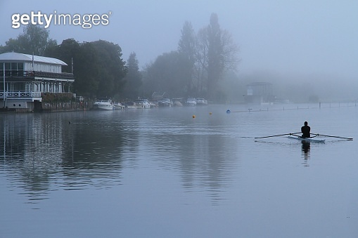 A foggy morning on the river at Henley-On-Thames