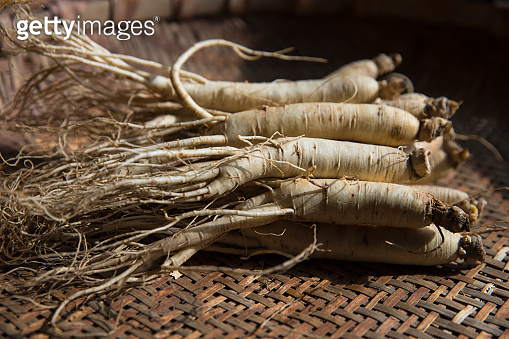 The ginseng are in the bamboo basket