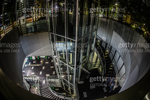 The structure of the spiral staircase (Nishi)
