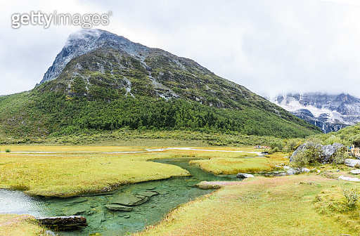 Beautiful scene in the Daocheng Yading National Nature Reserve (know as Nyidên in Tibetan), Ganzi, Sichuan, China
