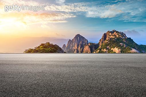 Asphalt road and beautiful huangshan mountains nature landscape