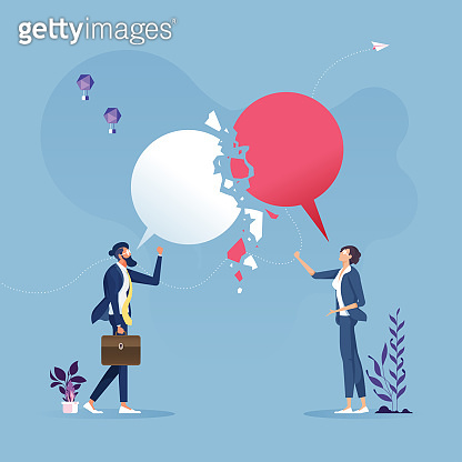 Failed communication, Broken speech bubble or message fall apart-Unsuccessful messaging concept