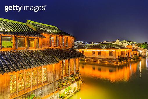 Night view of Wuzhen
