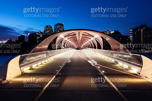 Peace Bridge Calgary Alberts Skyline Early Winter Morning