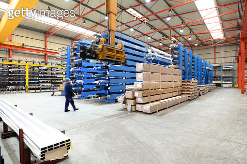 Sale and storage of industrial goods and steel in a factory hall