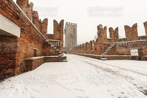 Scaligero bridge of Castelvecchio - Old Castle in Verona Italy