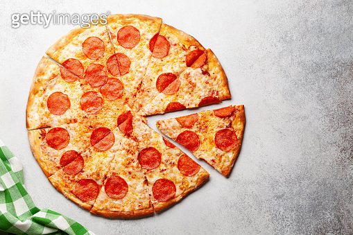Tasty pepperoni pizza with salami
