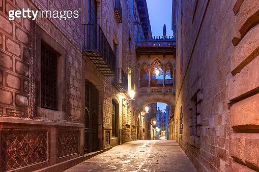 Carrer del Bisbe in Gothic Quarter, Barcelona