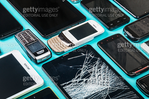 outdated and modern models of smartphones and mobile phones