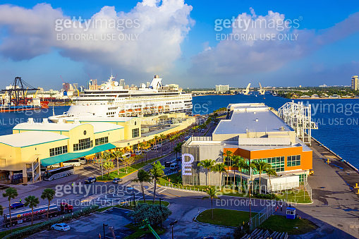 The view  of Port Everglades