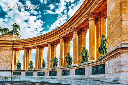 Heroes' Square-is one of the major squares in Budapest, Hungary, statue Seven Chieftains of the Magyars and other important national leaders.