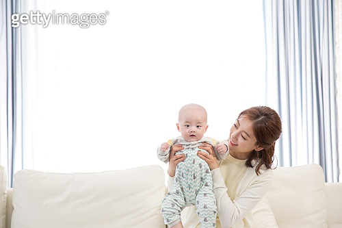 한국인, 아기 (인간의나이), 엄마, 육아맘 (엄마), 미소