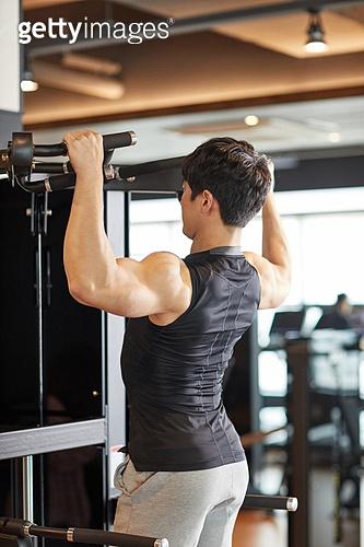 한국인, 남성 (성별), 웨이트트레이닝 (근육강화운동), 운동기계 (운동기구)