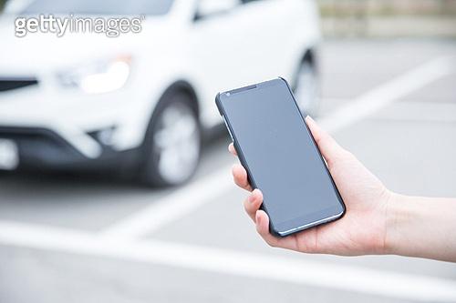 사람손 (주요신체부분), 스마트폰, 모바일어플리케이션 (인터넷), 카셰어링