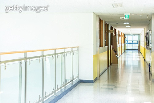 학교건물 (교육시설), 복도 (건물의부분)
