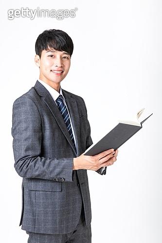 누끼, 흰색배경 (흰색), 교사, 한국인, 남성 (성별), 읽기, 가르치는