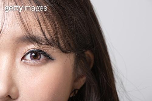 여성, 검정색 (색상), 블랙프라이데이, 색조화장 (화장품), 클로즈업, 콘택트렌즈 (안경류)