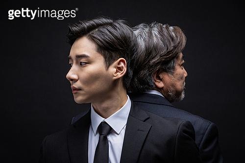 남성, 비즈니스맨, 대결 (컨셉), 세대차이 (나이차이)