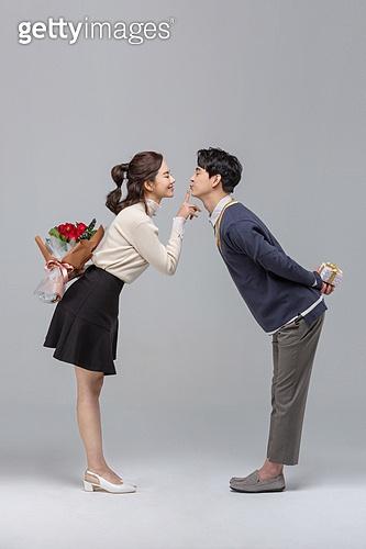 성년의날, 로즈데이, 기념일, 커플 (인간관계), 로맨스 (컨셉), 데이트 (로맨틱), 커플, 데이트