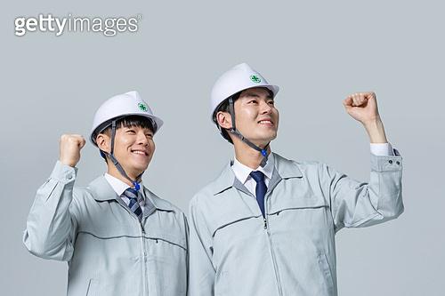한국인, 건설현장 (인조공간), 건설업 (산업), 팀워크, 협력, 협력 (컨셉), 팀워크 (협력), 건축, 다이렉팅 (제스처), 응시 (감각사용)