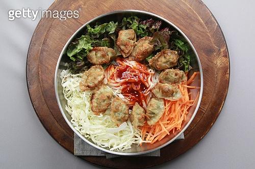 만두비빔국수