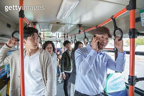 버스, 교통, 버스 (육상교통수단), 예절 (컨셉), 스마트폰, 통화중 (움직이는활동), 소음공해