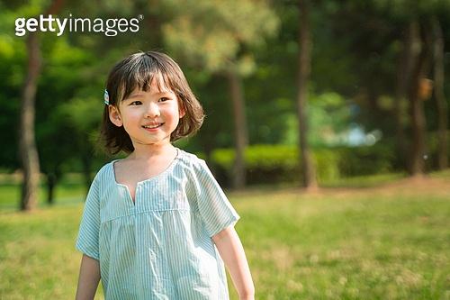 한국인, 어린이 (인간의나이), 유치원생, 소녀 (여성), 여름방학, 방학, 장난치기, 행복, 행복 (컨셉)