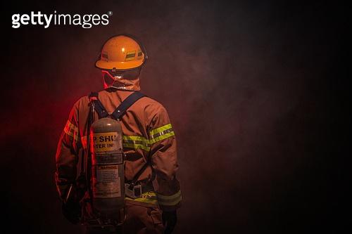 한국인, 영웅, 소방관, 소방관 (응급서비스직업), 방화, 불, 사고, 불길, 산소탱크 (산소호흡기)