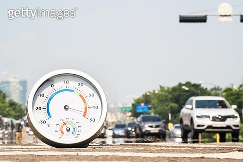 도시풍경 (도시), 서울 (대한민국), 여름, 폭염, 뜨거움 (컨셉), 날씨, 폭염 (자연현상), 여름 (계절), 아지랑이, 온도 (묘사), 온도계
