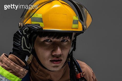 한국인, 영웅, 소방관, 방화복 (방호복), 구출 (컨셉), 긴급 (컨셉), 방화복