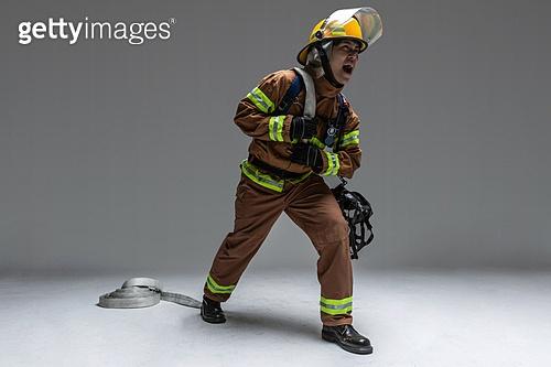 영웅, 소방관, 사고재해 (주제), 구출 (컨셉), 응급서비스직업 (직업), 전문직, 소화호스 (응급장비)