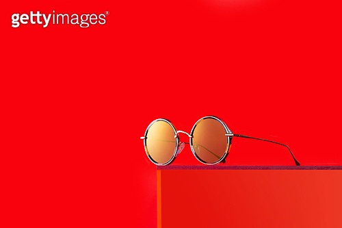 오브젝트 (묘사), 백그라운드, 여름, 자외선, 자외선차단, 아크릴, 색상, 컬러, 선글라스, 패션, 강렬한색채, 빨강